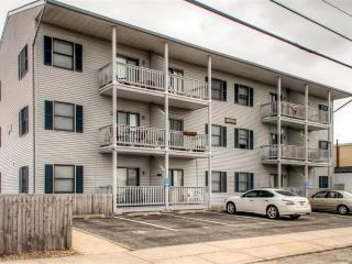 Supremely Located 2BR Seaside Heights Condo w/Full Kitchen, Private Deck & Pool Access - Walking Distance to the Beach, Boardwalk, Casino Pier & Nightclubs!