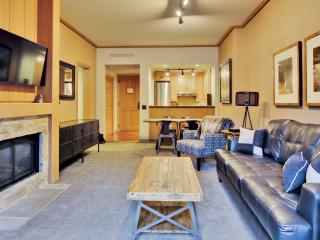 Outstanding 1BR Cle Elum Condo w/Wifi, Private Hot Tub - Unbeatable Suncadia Lodge Location! Close to Pristine Golf Courses, Hiking/Biking Trails, Swiftwater Winery & More!