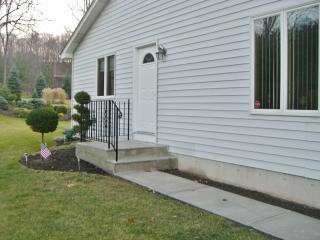 Inviting 1BR Lewiston Apartment w/Beautifully Landscaped Yard & Excellent Views - Close to Niagara Falls & Local Restaurants!