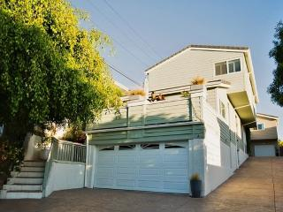 Radiant 3BR San Clemente House w/Wifi, Furnished Private Patio & Dazzling Ocean Views - Walk to the Beach! Easy Access to Shops, Restaurants & World-Renowned Attractions!