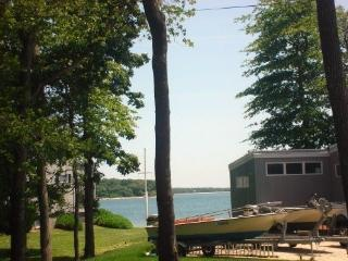 Luxury Beach House for the Price of a Hotel Room, Southold