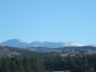 BELL ROCK RETREAT PIKES PEAK VIEW PIKE NL FOREST, Colorado Springs