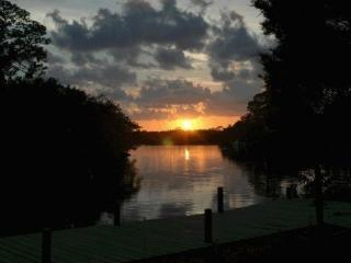 Private Bay Waterfront Retreat, New Port Richey