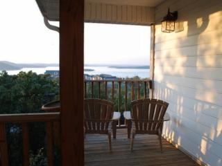 Stunning Home With Panoramic Views of Table Rock!, Ridgedale