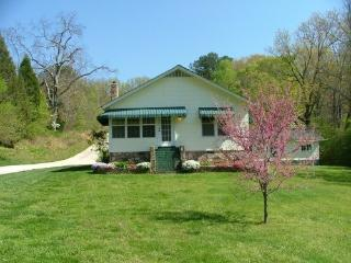 Chattanooga Countryside Cottage-beauty,convenience, Hixson