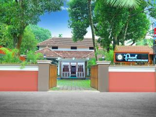 Pearl Beach Bungalow Heritage Home, Alappuzha