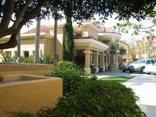 Beautiful 2 Bedroom Suites in La Jolla, San Diego
