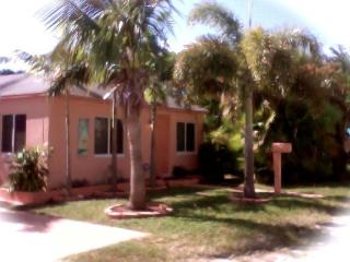 House close to beach,miami, Ft. Lauderdale, Hollywood