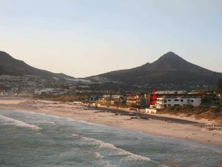 Beach Apartment in Great Location, Hout Bay