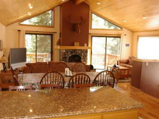 Boca Del Kujo, 5 Bdrm Luxury Home in Kings Beach, Tahoe Vista