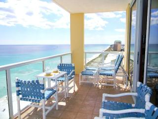 Beautiful Corner Unit with Unobstructed View !, Navarre