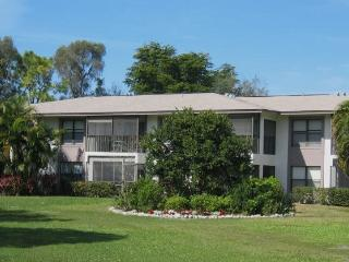 PARADISE WITH FREE WIFI 2bed/2bath condo Ft. Myers, Fort Myers