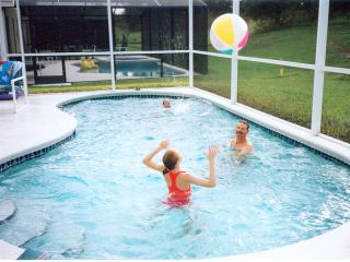 BEST PRICES - Private Pool - FREE Internet & BBQ, Kissimmee