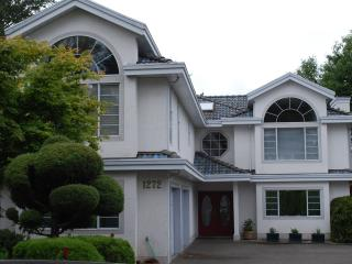 Mysty Woods Mansion - Executive Living, Victoria