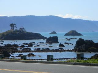 Redwood Coastal Vacation Rental Home, Crescent City