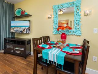 Beach is Calling. ANSWER! Ocean front condo., Panama City Beach