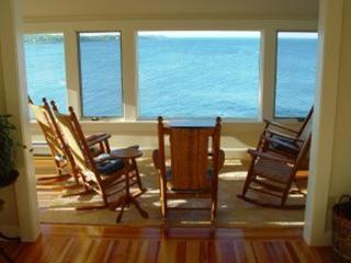 Maine Coast Cottage with Magnificent View, Cape Neddick