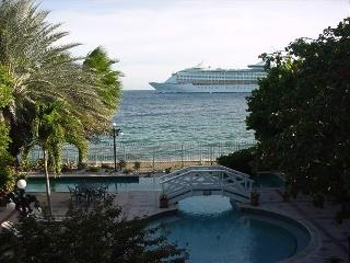 Sirena Bay Estate-Where the 'Bachelorette' stayed, Willemstad