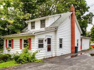 Tranquil 3BR Auburn Home w/Wifi, Private Stone Patio, Fire Pit & Nice Yard - Stone's Throw to Owasco Lake Access & Near Many Local Attractions!