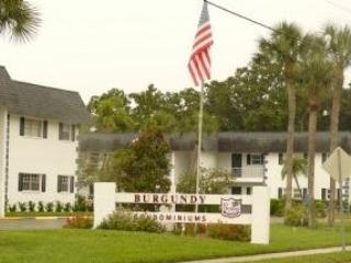 1 Bedroom Condominium in Bradenton Burgundy Condo
