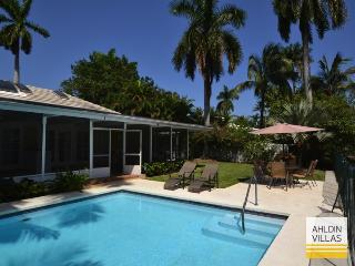 Waterfront, perfect for families, close to beach, Fort Lauderdale