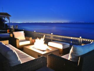 Oceanfront: Largest Entertaining Deck, Malibu