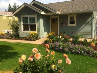 Lovely new cottage in the country, Oregon City