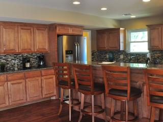 4061 Sq Ft Home Near Stadiums 5 Bedroom 3.5 Bath, Arlington