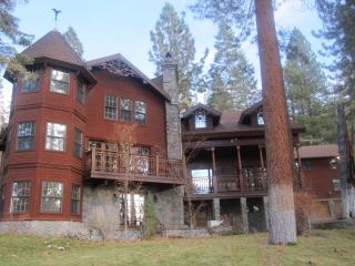 Lake Tahoe Luxury Mansion Near Heavenly, South Lake Tahoe