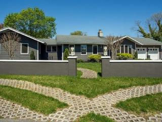 Affordable Luxury House By The Sea!, Rehoboth Beach
