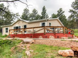 New Listing! Quiet 3BR Black Hills Home w/Wifi & Wrap Around Deck - Located on 6 Private Acres! Easy Access to Mount Rushmore, Crazy Horse, Sturgis & More!, Keystone