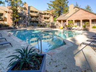 Beautifully Decorated 1BR Tempe Condo - Easy Access to All Major Attractions in the Phoenix Area!