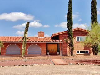 New Listing! Gorgeous 3BR Tucson Adobe House on 2 Acres w/Private Sparkling Pool & Wonderful Mountain Views - Near Shops, Restaurants, Saguaro Nat'l Park & More!