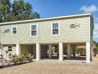 New Listing! Newly Built 3BR Little Torch Key Home on Deep Water Canal w/Wifi, Tiki Hut & Private Boat Dock - Minutes to Unsurpassed Snorkeling, Diving, Backcountry Fishing & Lobstering!