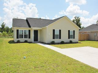 4BR Myrtle Beach Home - Easy Access to Shopping & Nearby Beach