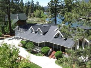 LAKEFRONT ESTATE AT MALLARD BAY - MAGNIFICENT!!, Big Bear Region