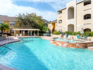 New Listing! Inviting 1BR Clearwater Condo w/Private Patio & Spectacular Resort Amenities - Near White Sand Beaches, Delicious Restaurants & Thrilling Nightlife!