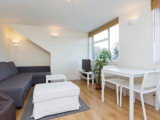 A bright two-bedroom flat in friendly Balham., London