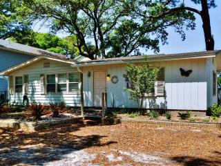 Enjoyable 3BR Tybee Island House w/Wifi, Large Side Yard & More - Walking Distance to the Beach, Restaurants & Lighthouse!