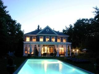 Live in Luxury in  the English Manor Home, East Hampton