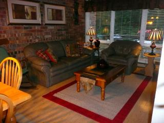 Fox Hill Condo - BEST LOCATION!, Stowe