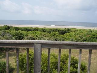 Tranquility on Ocean Court-Caswell Beach NC