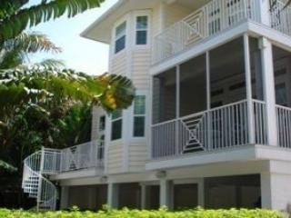 Beautiful Captiva Child Friendly Home, Captiva Island