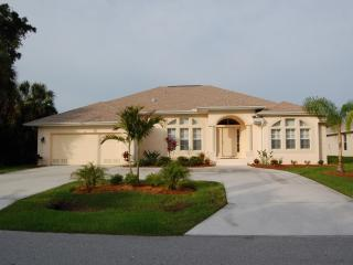 Spacious Gulf Coast Villa with Larger Pool / Spa, Rotonda West