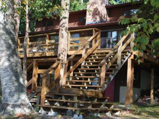 Lakefront Home with Private Beach and Scenic Vista, Celista