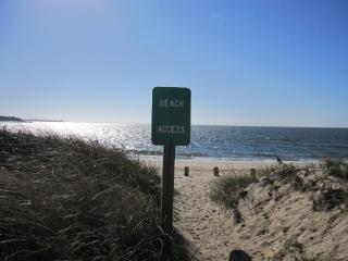 20 steps to the beach, Wellfleet