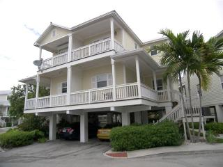 Coral Garden - Affordable Key West, Best of Both