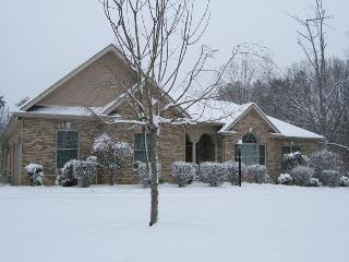 4200 sq. ft. home on the Tennessee River, Lenoir City
