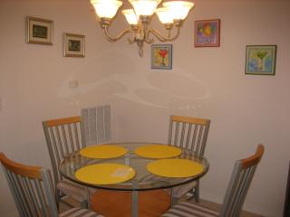 Dining area adjacent to kitchen