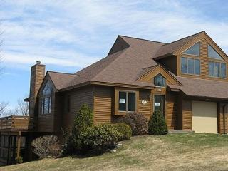 MONTHLY-Magnificent 3,000 Sf Home at Lake Sunapee